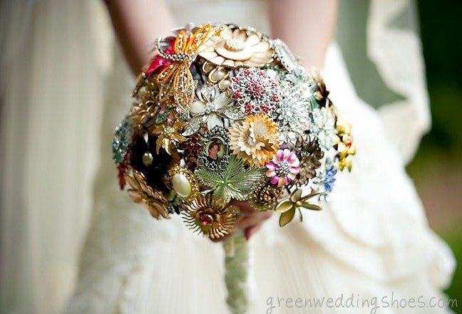 What Does Your Wedding Bouquet Say About You Secret Meanings And Fashion Forward Trends Shorebread