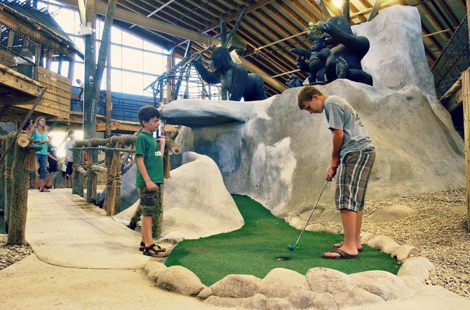 Old_Pro_Indoor_Golf_Ocean_City2