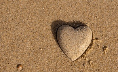 3d-heart-in-sand_66954982