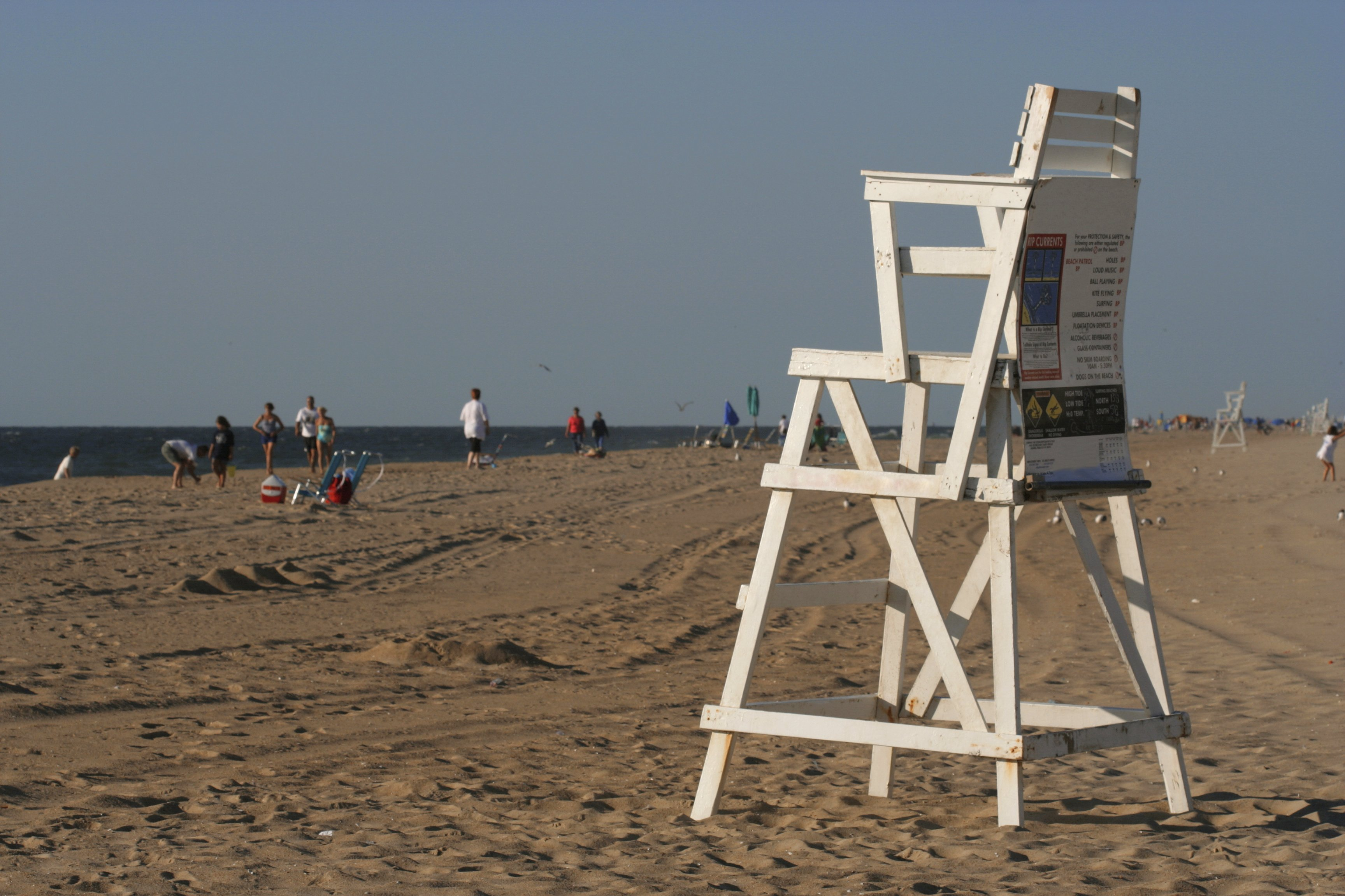 ocmd-lifeguard-chair on beach