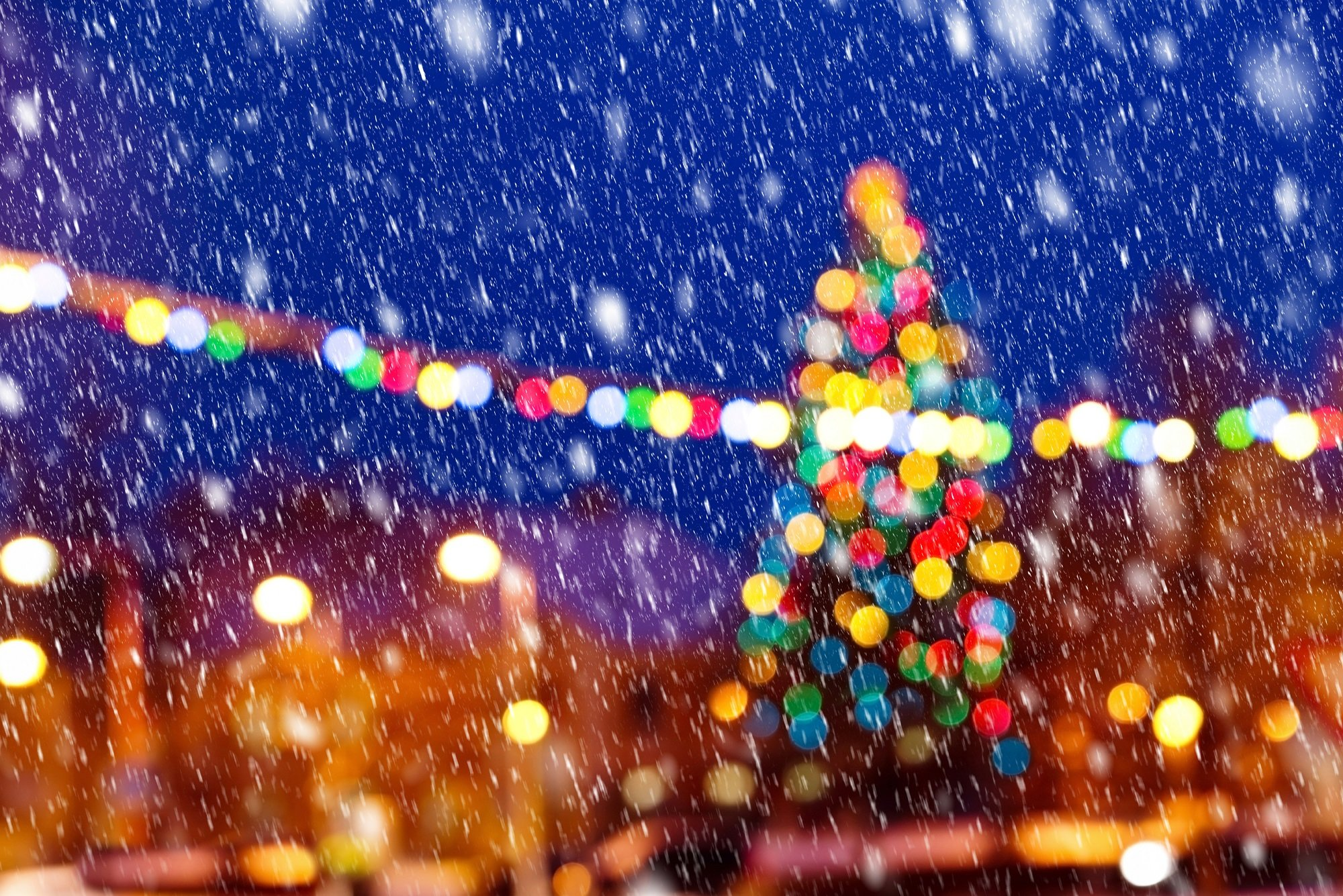 christmas_background_unfocused_lights_520411954